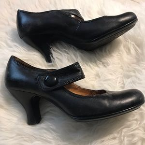Soft Mary Janes (leather)